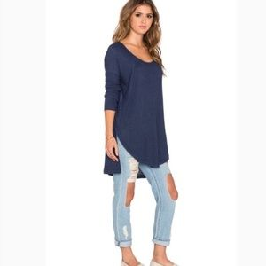 FREE PEOPLE navy waffle high low tunic top.